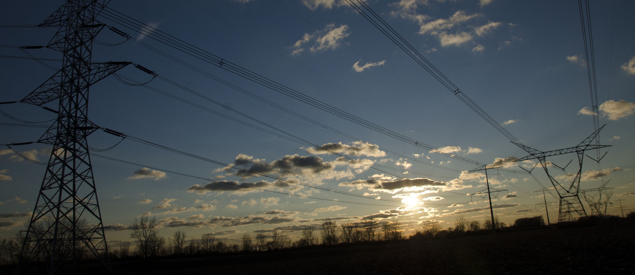 powerlines (large)