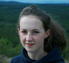 "Berkeley Graduate Division Honors ERG PhD Student Jess Carney ""Outstanding GSI Award"""